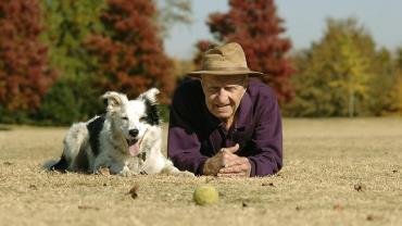 پیری آسوده با سگ