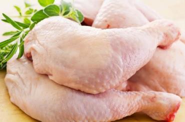 مرغ در آستنه عید فطر گران میشود