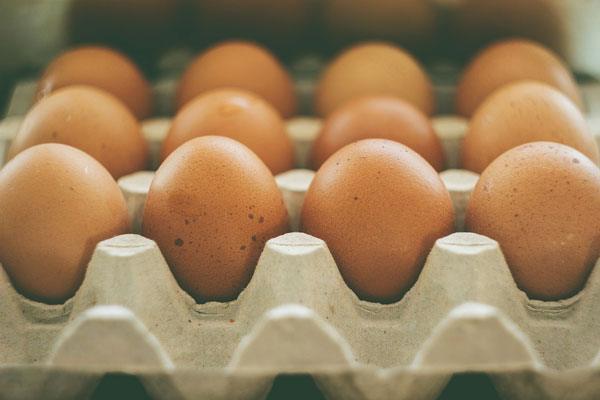 پوسته تخممرغ باکیفیت، با مصرف افزودنیها